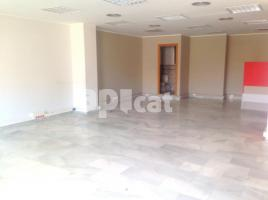 For rent office, 90.00 m², near bus and train, Dos de Maig