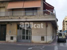For rent business premises, 117.00 m², near bus and train, Tarragona