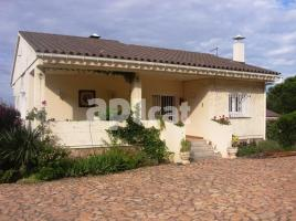 Houses (villa / tower), 550.00 m²