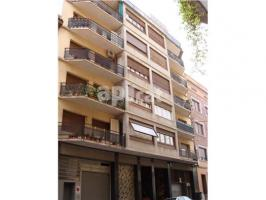 For rent parking, 420 m², Passeig i rodalies