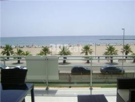 For rent flat, 90 m², almost new, PLAYA