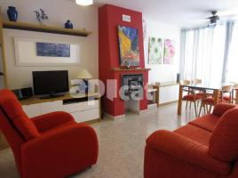 For rent flat, 70.00 m², near bus and train