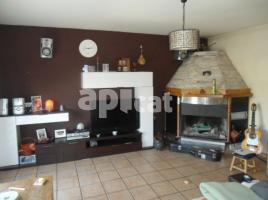 Houses (detached house), 284 m², near bus and train