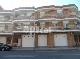 For rent Houses (detached house), 280 m², near bus and train