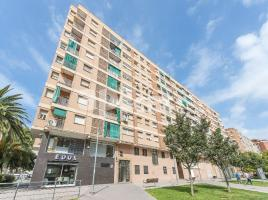 For rent flat, 87 m², near bus and train