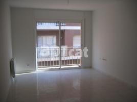 For rent flat, 89.00 m², close to bus and metro, almost new