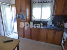 Flat, 103 m², near bus and train