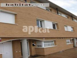 Terraced house, 173 m², near bus and train, almost new