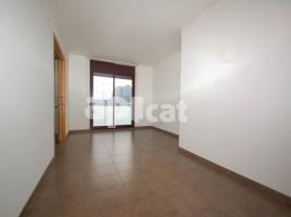 For rent flat, 55 m², near bus and train, almost new, SANTA CATERINA