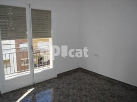Flat, 99 m², near bus and train
