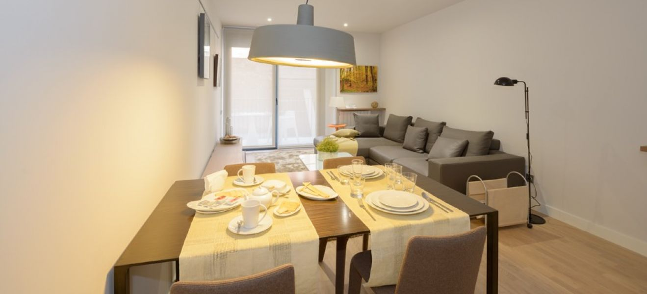 New home - Flat in, 67 m², close to bus and metro, new