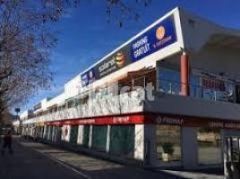Business premises, 459.00 m², near bus and train