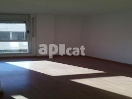 For rent flat, 38.00 m², near bus and train, almost new, Antoni de Capmany