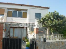 Houses (country house), 112 m², near bus and train