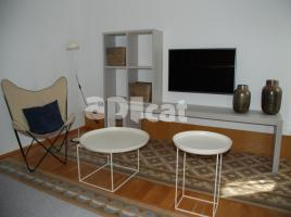 Flat in monthly rentals, 61.00 m², near bus and train, de Bailèn