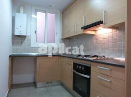 For rent flat, 75 m², close to bus and metro