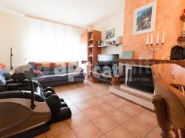 Houses (terraced house), 268.00 m², almost new, Airesol