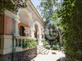 For rent Houses (detached house), 370.00 m², near bus and train