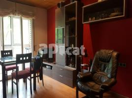 Flat, 64 m², near bus and train