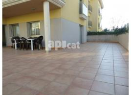 For rent flat, 120 m², almost new, PLAYA