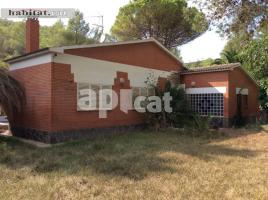 Houses (detached house), 131 m², near bus and train