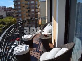 Flat, 98.00 m², near bus and train