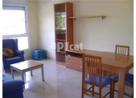 For rent flat, 60 m², almost new, PUEBLO
